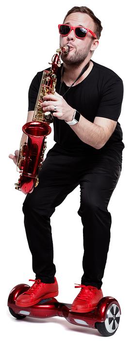 Willkommen auf der Seite Sax On Wheels von Christian Gastl. Saxophon auf Raedern!